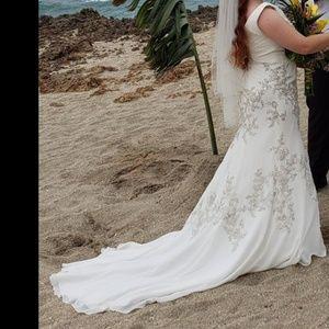 Tony Bowls wedding dress